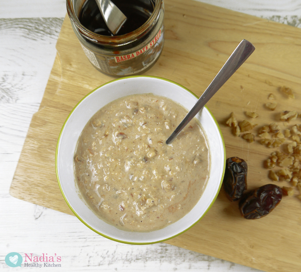 date-and-walnut-overnight-oats