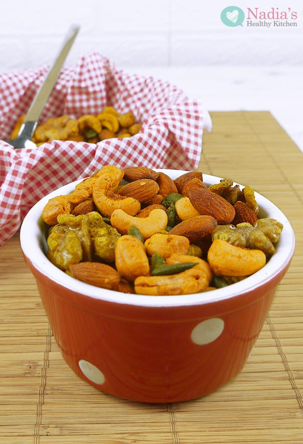 turmeric chilli roasted nuts