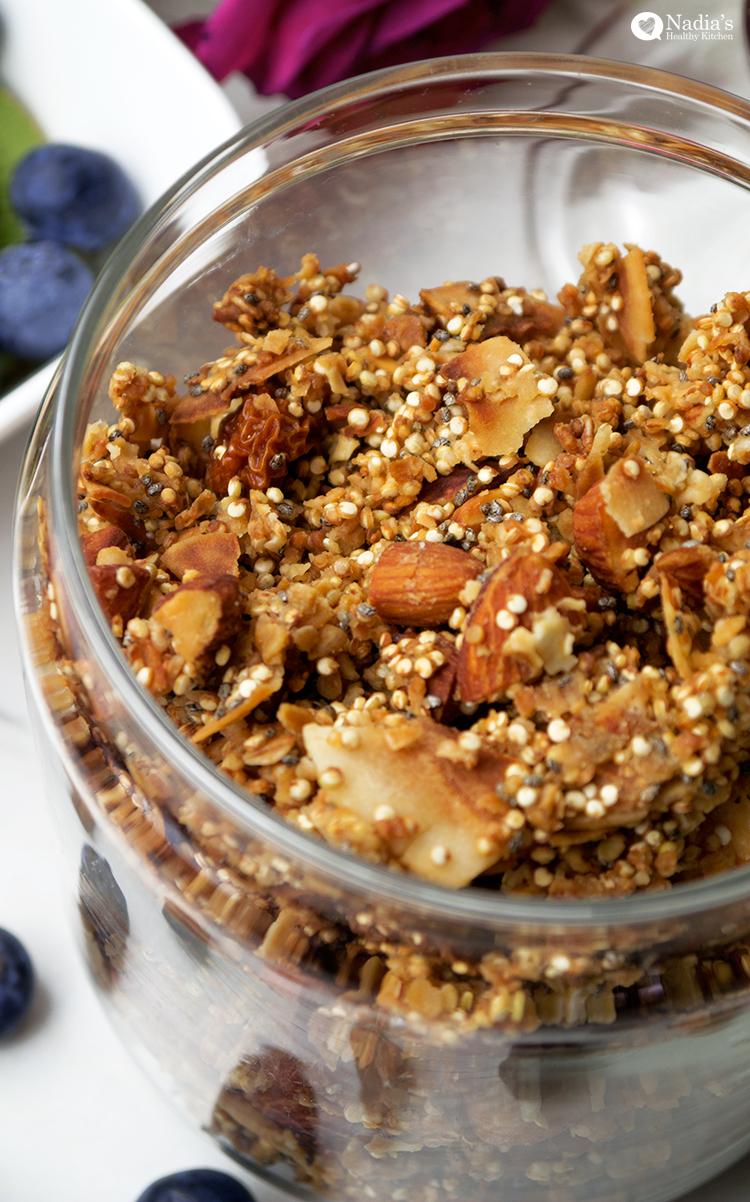 coconut almond quinoa granola
