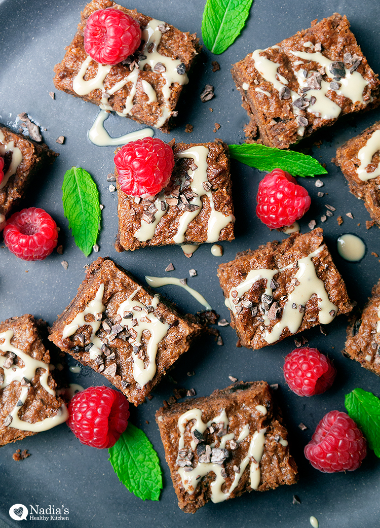 fudgy-tahini-brownies