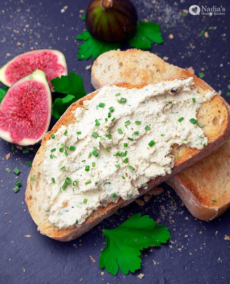 garlic-and-chive-cashew-cheese_2