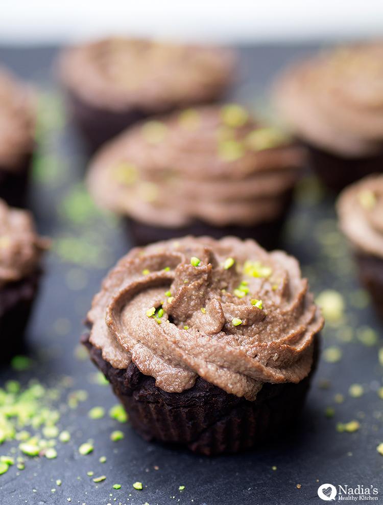 vegan-gluten-free-chocolate-cupcakes_2