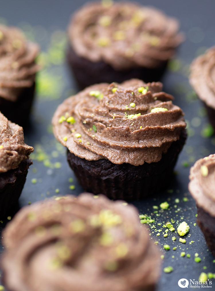 vegan-gluten-free-chocolate-cupcakes_4