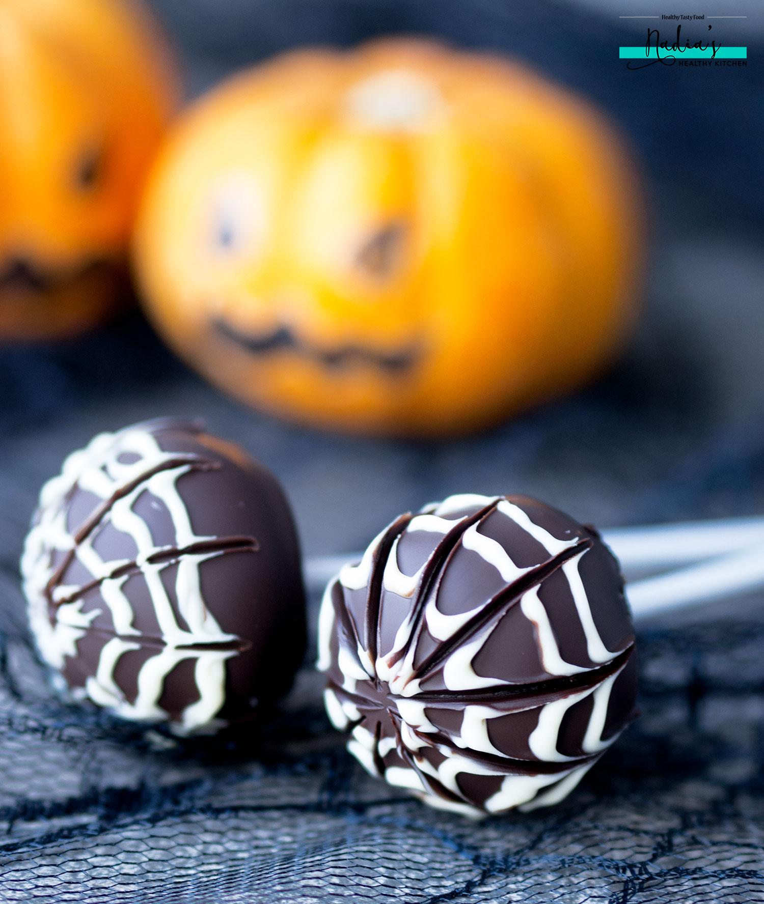 halloween-spide-web-truffles