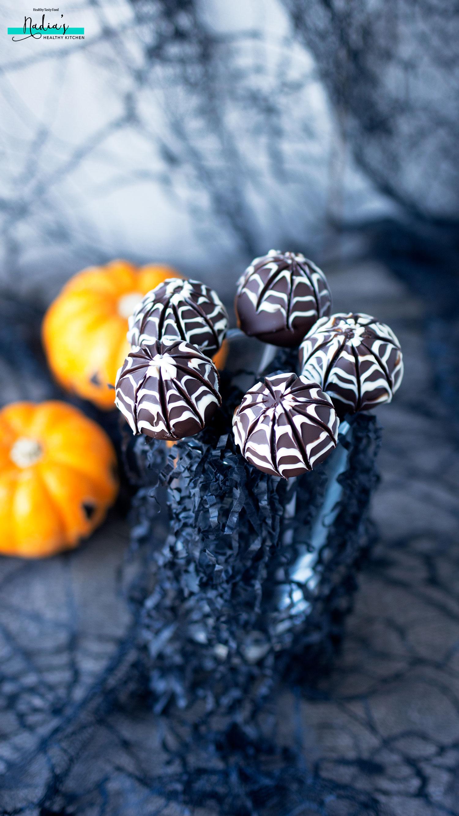 halloween-spide-web-truffles_3