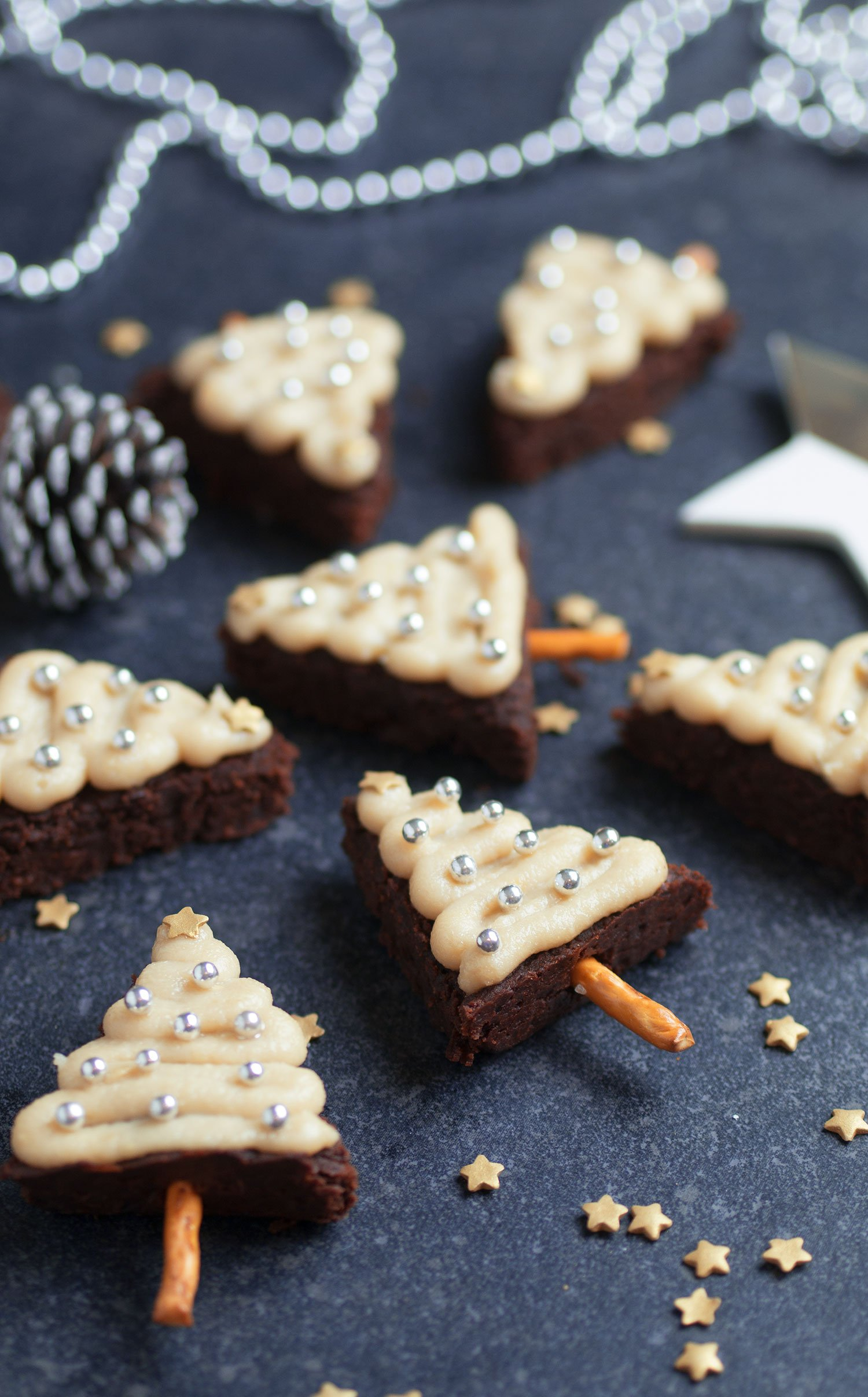 vegan-gluten-free-christmas-tree-brownies_1