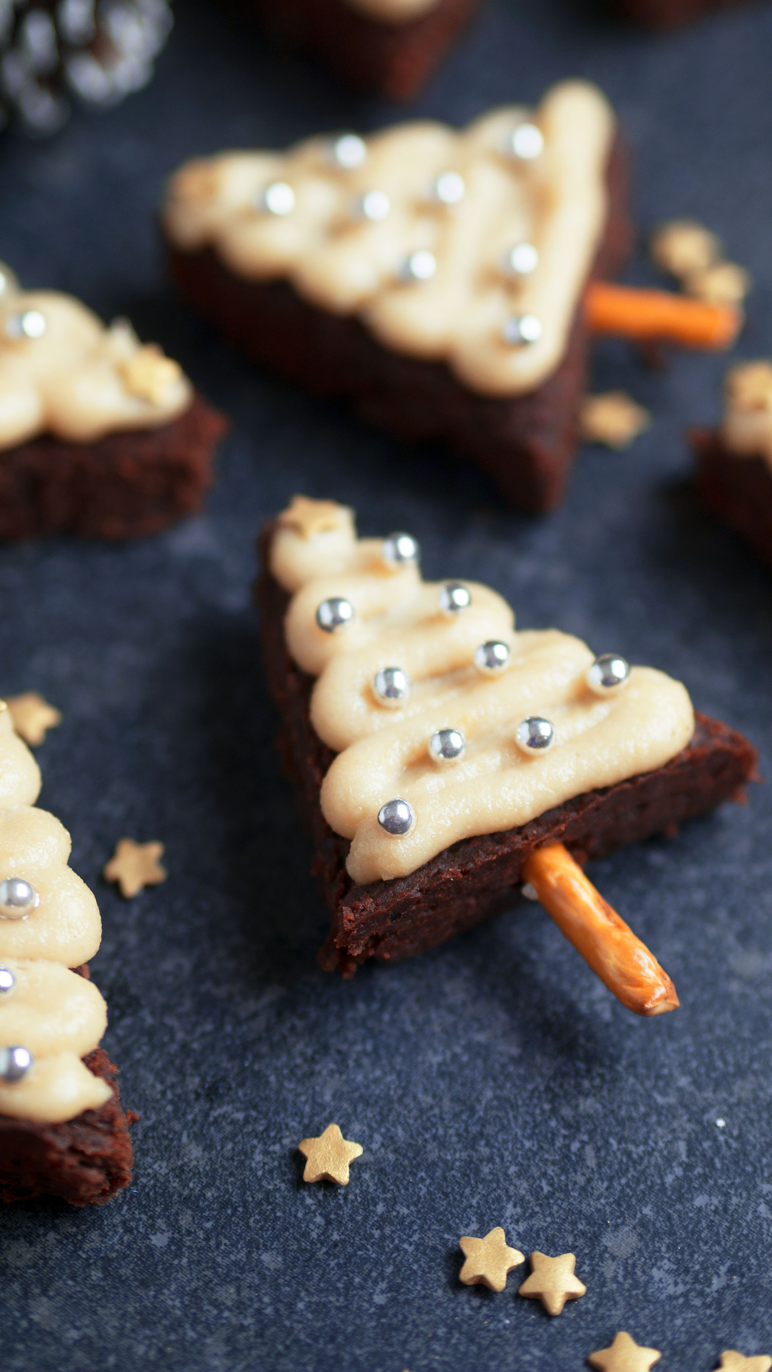 vegan-gluten-free-christmas-tree-brownies_2
