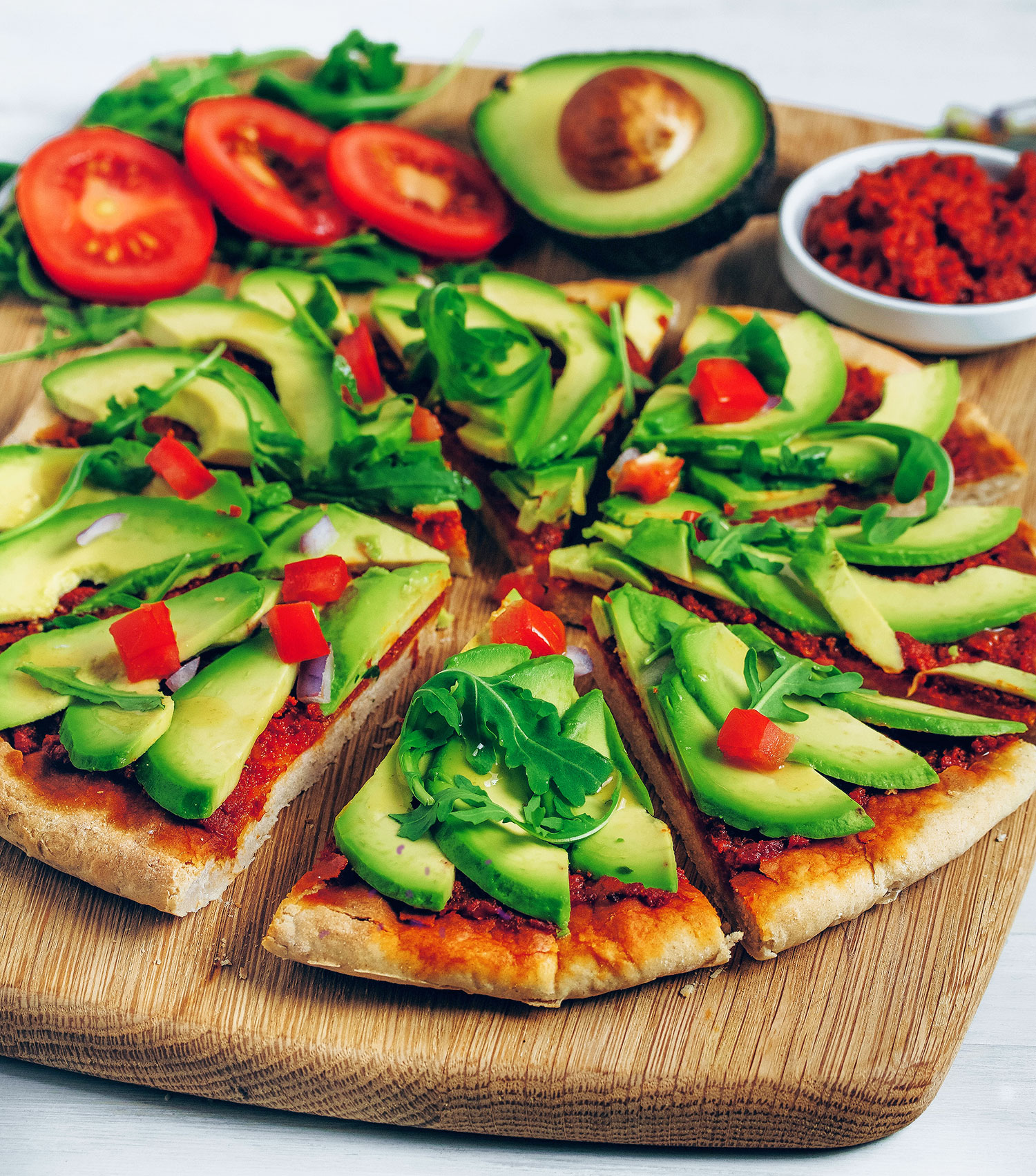 Speedy Avocado Pizza (Vegan & Gluten-free)