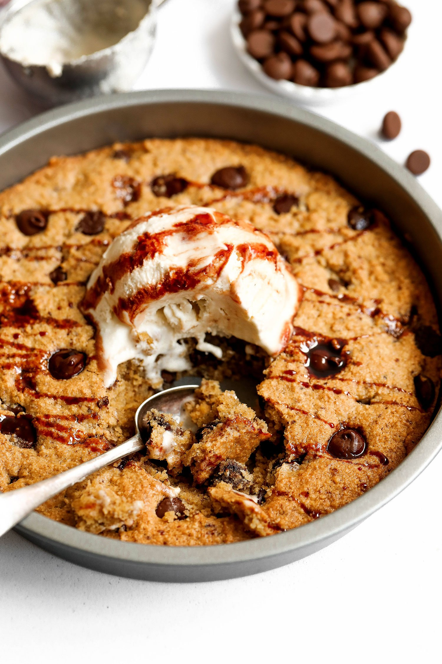 Vegan & Gluten-free Skillet Chocolate Chip Cookie