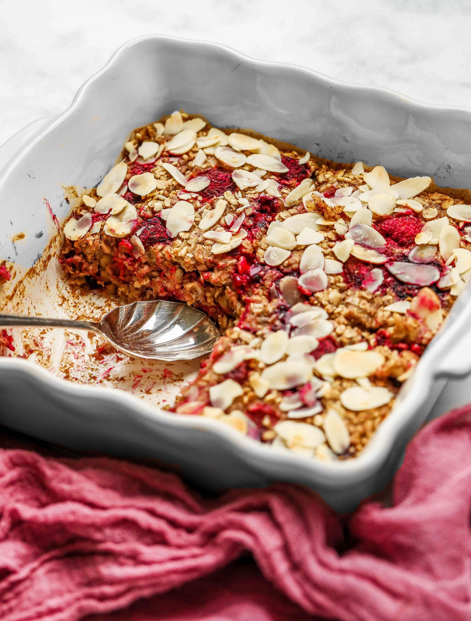 Raspberry Almond Baked Oats