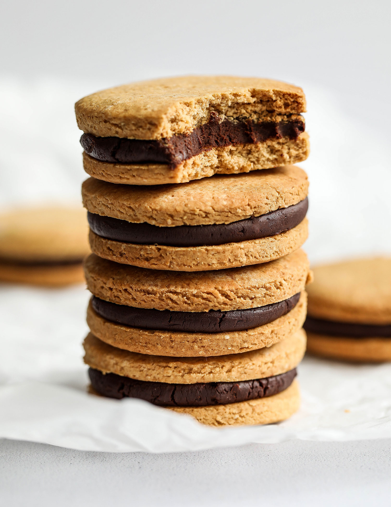 Vanilla Chocolate Sandwich Cookies