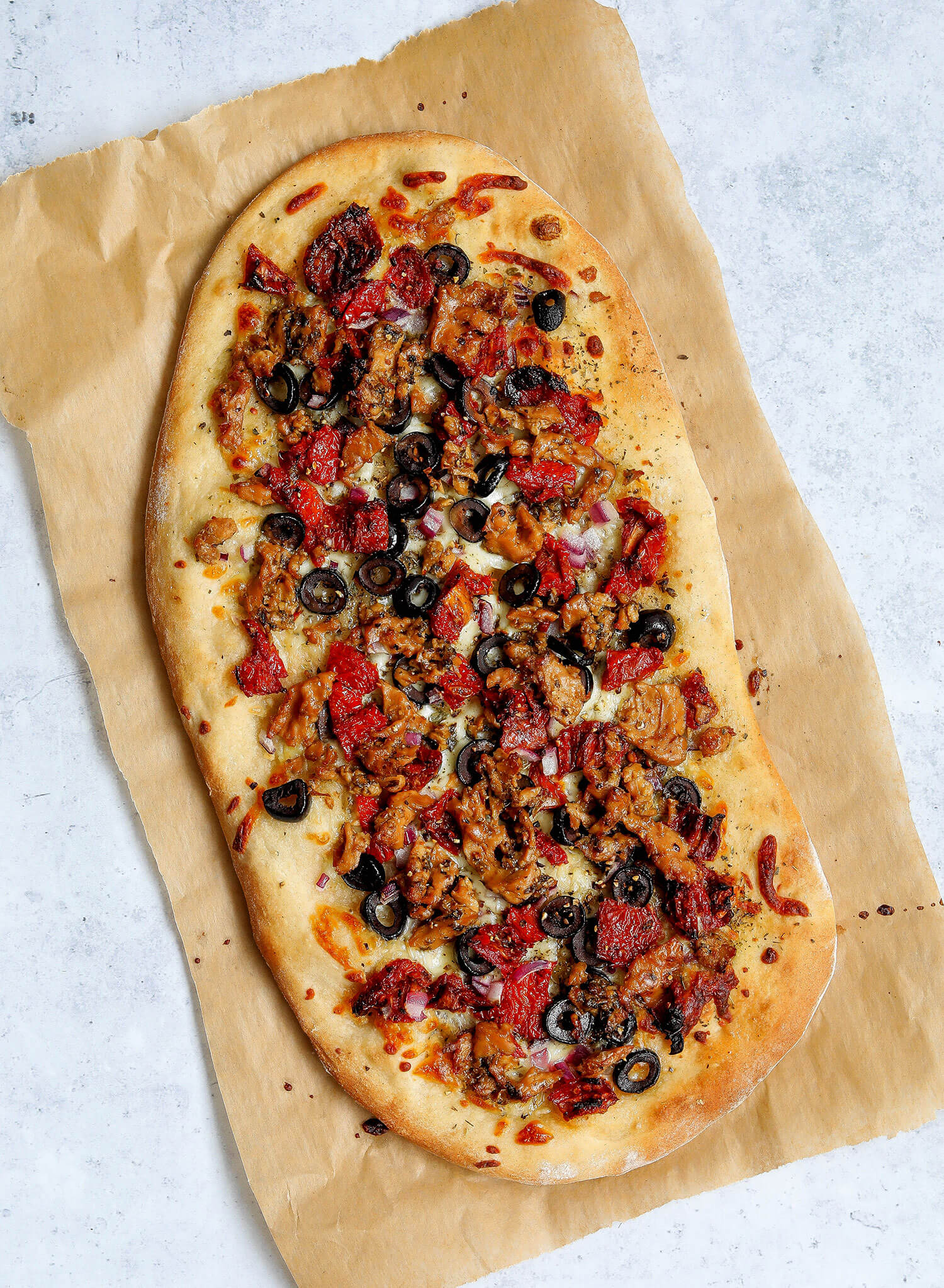 Vegan Mediterranean Tuna Pizza