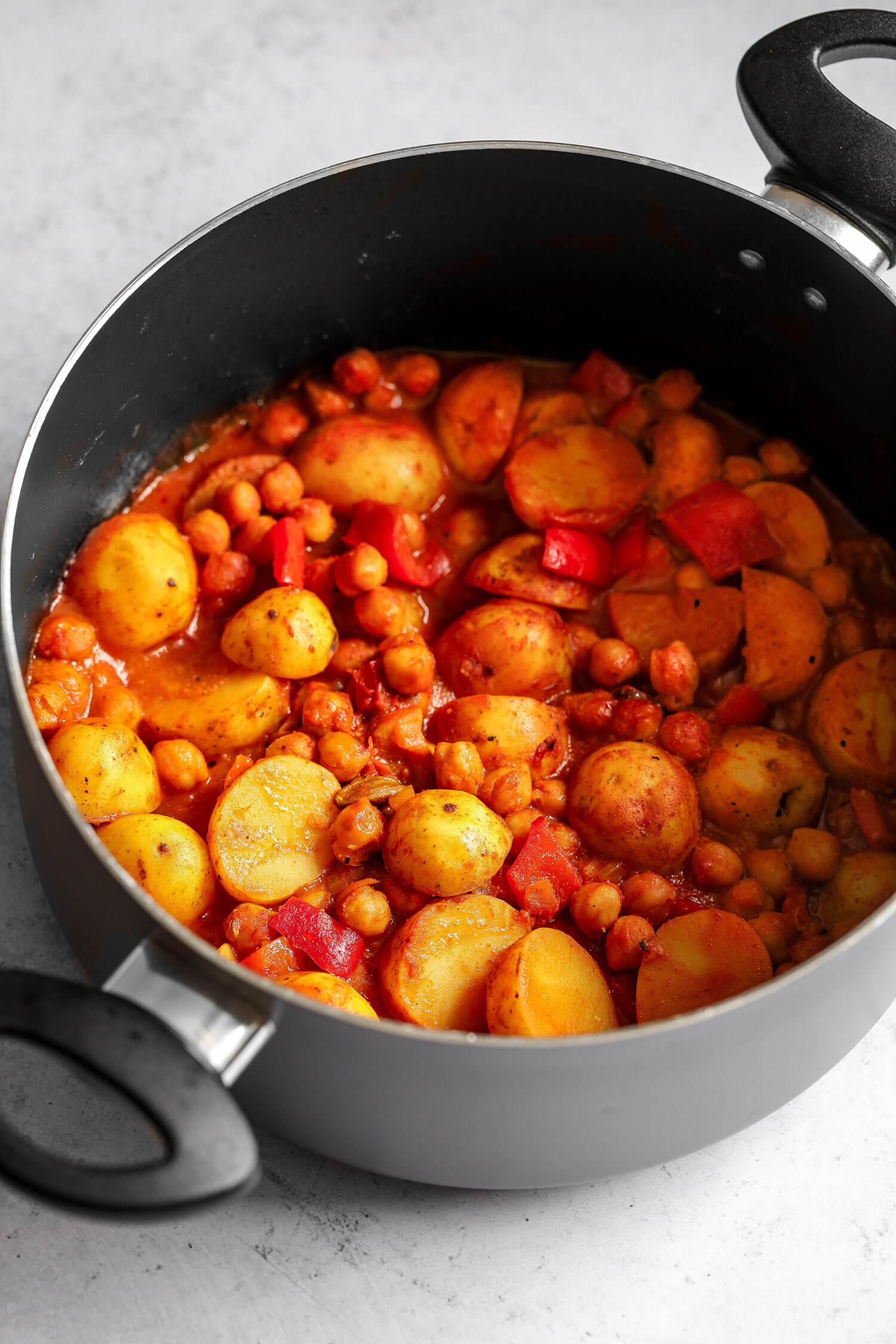 Cornish nova batata e grão de bico Curry - UK Health Blog 4